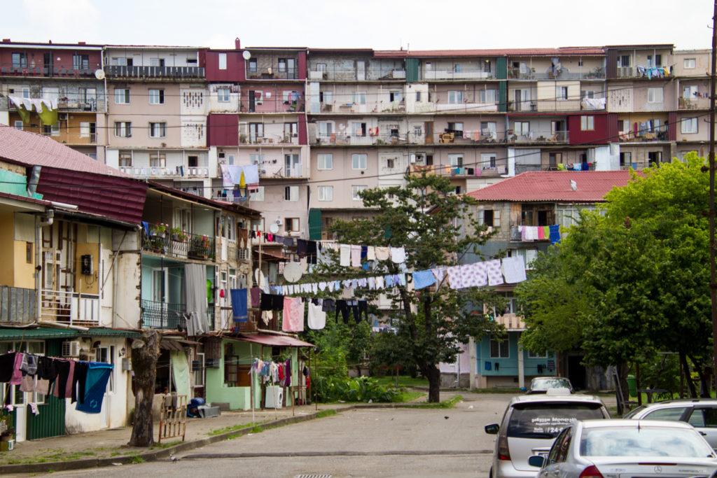 Ein Wohnviertel in der Hafenstadt Batumi.